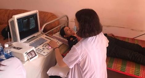 Khám bệnh miễn phí và tặng quà cho 500 người nghèo tại tỉnh Bình Phước