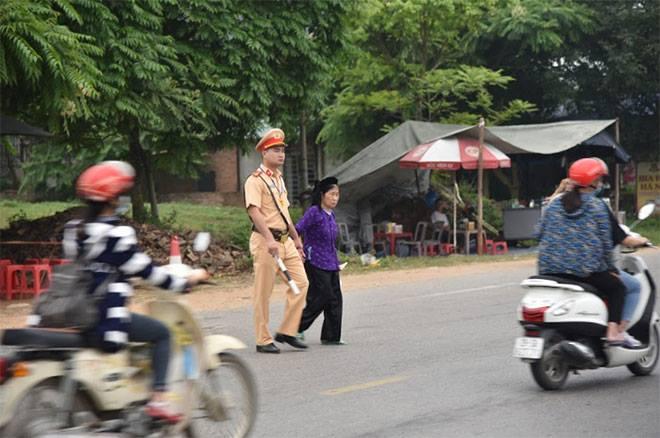 Lực lượng Công an bảo đảm an toàn tuyệt đối cho lễ giỗ Tổ Hùng Vương - Ảnh minh hoạ 3