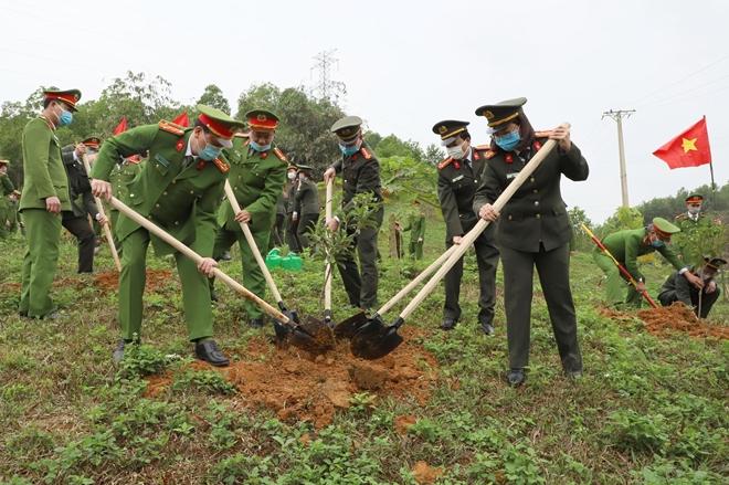 Công an Lào Cai, Yên Bái phát động