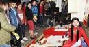 Hàng ngàn người trẩy hội Chợ Đình Bích La