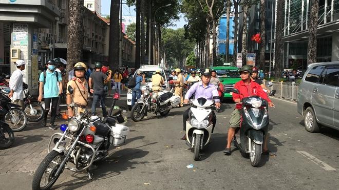 100% CSGT Công an TP Hồ Chí Minh ra quân tổng kiểm tra trật tự, ATGT - Ảnh minh hoạ 3