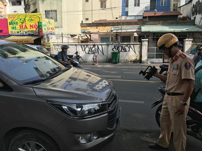 100% CSGT Công an TP Hồ Chí Minh ra quân tổng kiểm tra trật tự, ATGT
