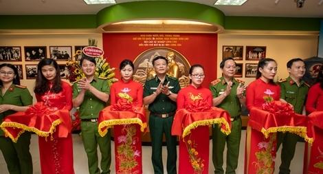 """""""Không gian văn hoá Việt"""" tại Học viện Cảnh sát Nhân dân"""