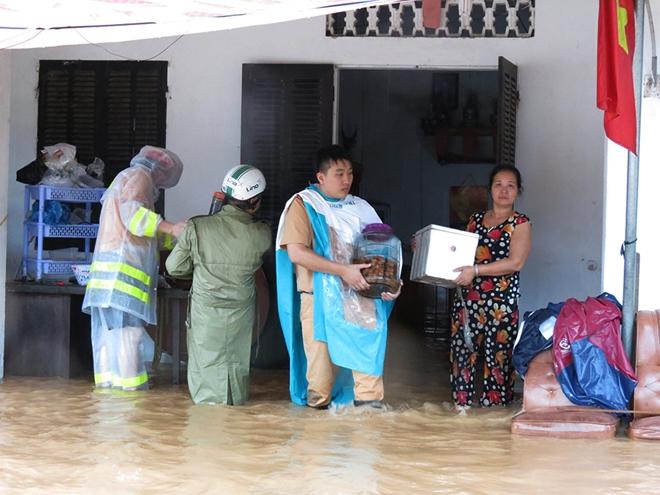 Hưởng ứng đợt vận động cứu trợ đồng bào bị thiệt hại bởi cơn bão số 3