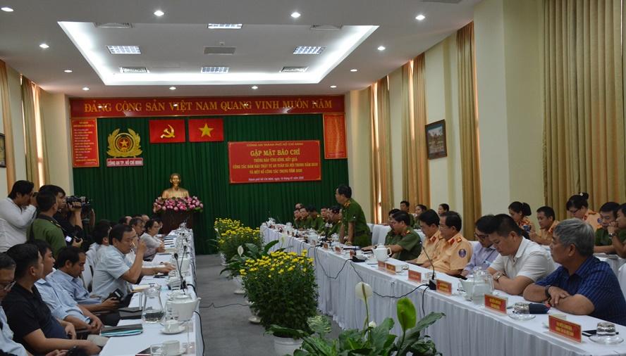 Công an TP Hồ Chí Minh tăng cường thông tin về hình ảnh đẹp của cán bộ chiến sĩ