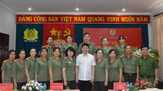 Nâng cao hiệu quả hoạt động của tổ chức Công đoàn trong CAND - Ảnh minh hoạ 4