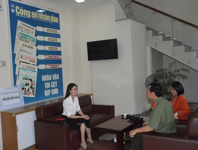 Nghệ sĩ cải lương Võ Ngọc Quyền ủng hộ đồng bào miền Trung 100 triệu đồng - Ảnh minh hoạ 2