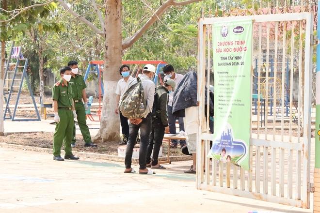 Tây Ninh báo cáo về hai trường hợp tiếp xúc gần với BN 1349