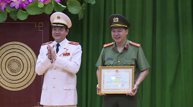 Xây dựng lực lượng Công an TP Hồ Chí Minh ngày càng trong sạch, vững mạnh - Ảnh minh hoạ 3
