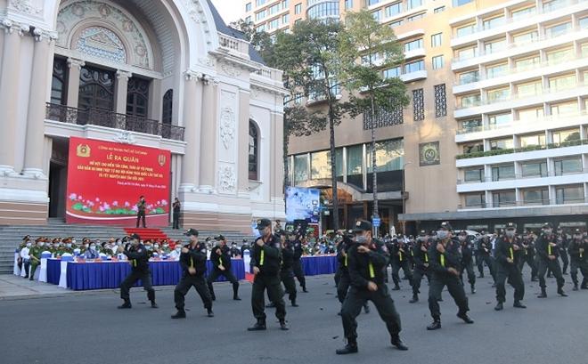 Công an TP Hồ Chí Minh triển khai nhiều hoạt động bảo vệ an toàn Đại hội Đảng lần thứ XIII - Ảnh minh hoạ 2