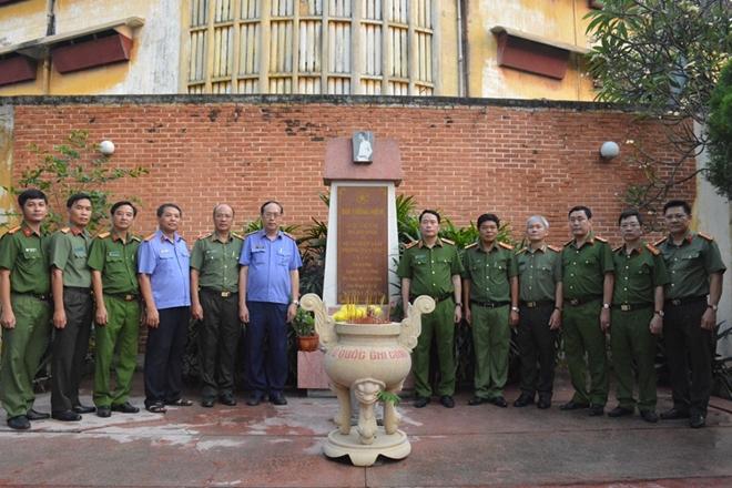 Thứ trưởng Lê Quốc Hùng kiểm tra tình hình thực hiện dự án trại tạm giam - Ảnh minh hoạ 3