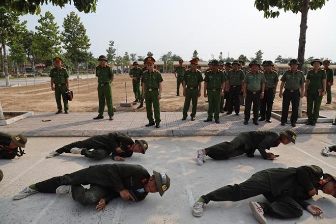 Bộ Tư lệnh CSCĐ giao ban công tác quản lý, huấn luyện đầu khóa - Ảnh minh hoạ 2