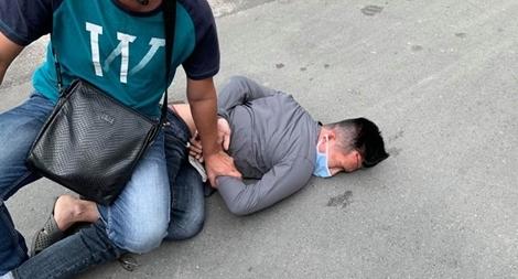 Bị thương nhưng vẫn cùng đồng đội bắt giữ hai đối tượng cướp giật