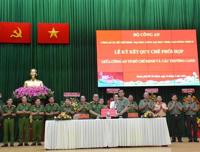 Công an TP Hồ Chí Minh ký kết phối hợp với ba trường CAND - Ảnh minh hoạ 2