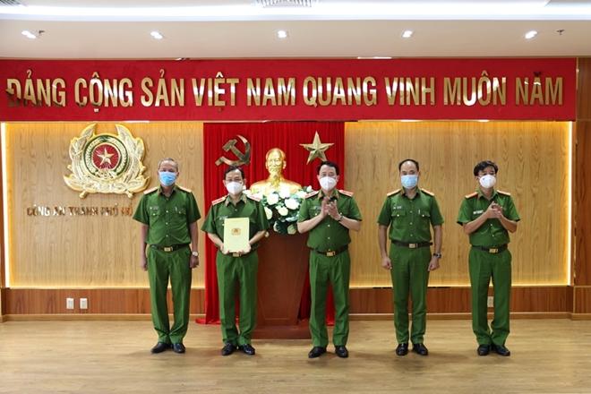 Khen thưởng Công an TP Hồ Chí Minh trong vụ bắt kẻ giết người trốn trại