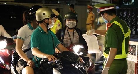 Lời tri ân từ đáy lòng của Giám đốc Công an TP Hồ Chí Minh với lực lượng chống dịch