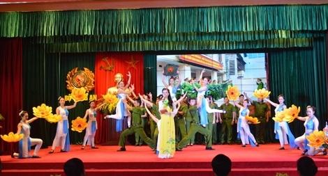 Tiểu đoàn CSBV vận chuyển hàng đặc biệt giao lưu văn nghệ chào mừng Quốc khánh 2-9