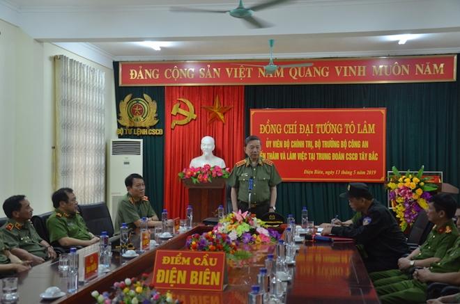 Bộ trưởng Tô Lâm thăm và làm việc tại Trung đoàn CSCĐ Tây Bắc - Ảnh minh hoạ 3