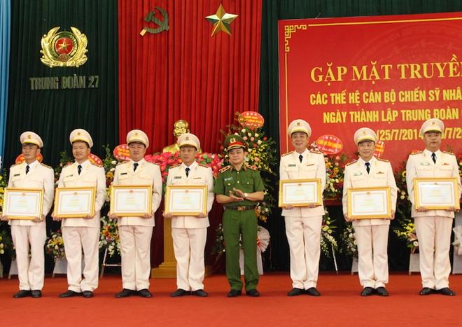 Trung đoàn CSCĐ Đông Bắc gặp mặt truyền thống nhân kỷ niệm 5 năm thành lập - Ảnh minh hoạ 4