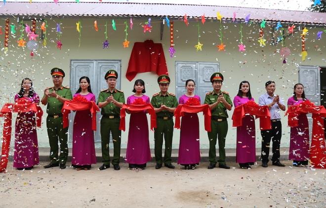 CSCĐ xây dựng và trao tặng phòng học mầm non ở Lạng Sơn