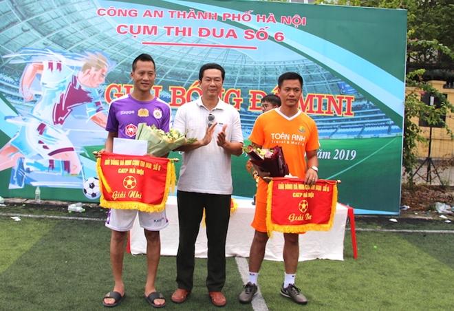 CA quận Hai Bà Trưng đoạt vô địch giải bóng đá mini Cụm thi đua số 6 - Ảnh minh hoạ 6