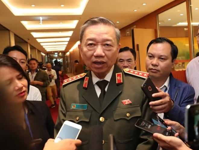 Bộ trưởng Tô Lâm: Ưu tiên việc xác nhận danh tính người Việt thiệt mạng tại Anh
