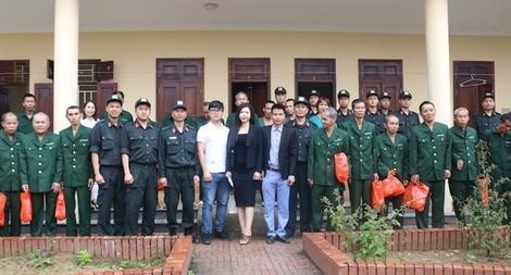 """Trung đoàn CSCĐ Bắc Trung bộ tổ chức """"Tết vì cộng đồng"""" tại Nghệ An"""