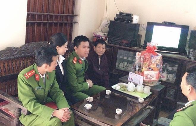 """Trung đoàn CSCĐ Bắc Trung bộ tổ chức """"Tết vì cộng đồng"""" tại Nghệ An - Ảnh minh hoạ 3"""