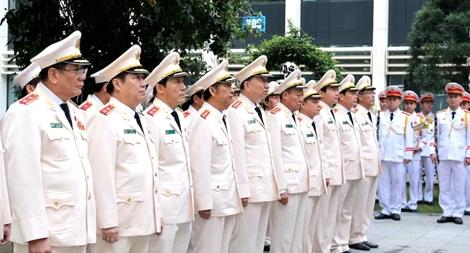 Đoàn đại biểu Đảng uỷ Công an Trung ương dâng hương tưởng niệm Chủ tịch Hồ Chí Minh