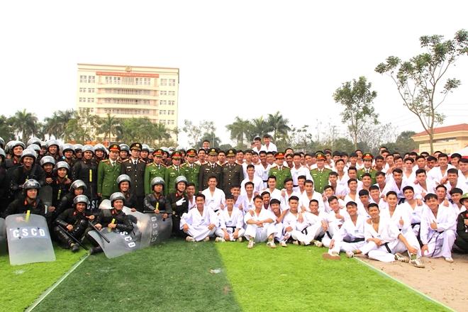 Bế giảng chương trình huấn luyện đầu khoá học viên các trường CAND - Ảnh minh hoạ 9
