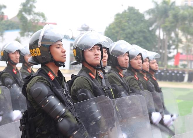 Sinh viên Công an duyệt đội ngũ, biểu diễn kỹ thuật bắn súng - Ảnh minh hoạ 4