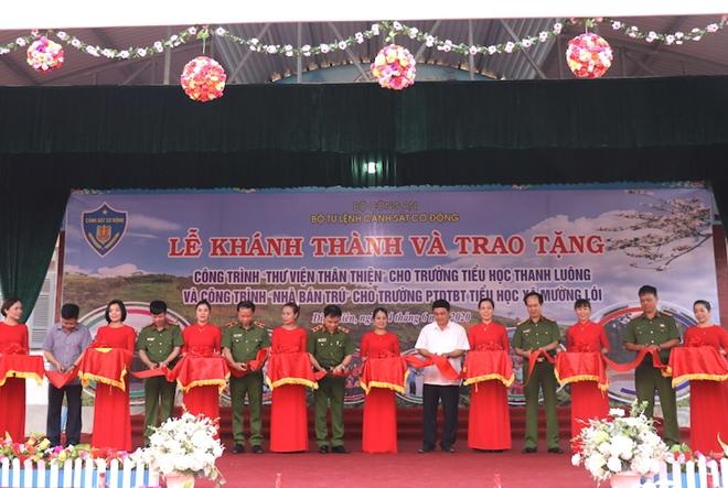 Bộ Tư lệnh CSCĐ tặng Điện Biên nhà bán trú, thư viện thân thiện