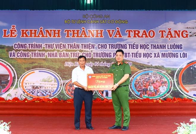 Bộ Tư lệnh CSCĐ tặng Điện Biên nhà bán trú, thư viện thân thiện - Ảnh minh hoạ 5