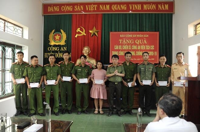 Báo CAND và hành trình về nguồn đầy nghĩa tình tại tỉnh Thanh Hóa - Ảnh minh hoạ 4