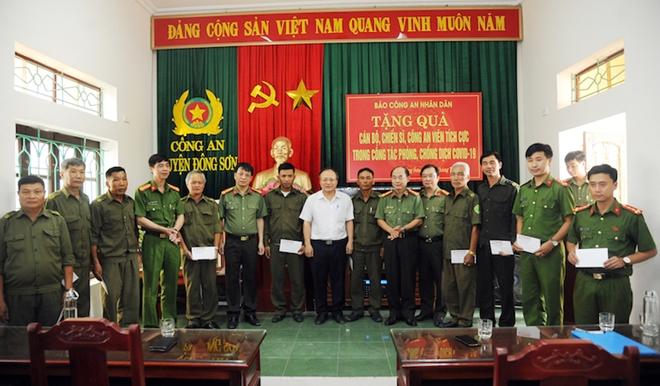 Báo CAND và hành trình về nguồn đầy nghĩa tình tại tỉnh Thanh Hóa - Ảnh minh hoạ 7