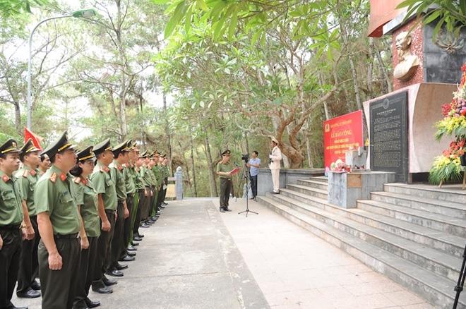 Báo CAND và hành trình về nguồn đầy nghĩa tình tại tỉnh Thanh Hóa