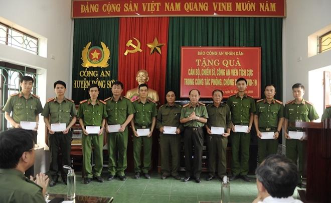 Báo CAND và hành trình về nguồn đầy nghĩa tình tại tỉnh Thanh Hóa - Ảnh minh hoạ 5