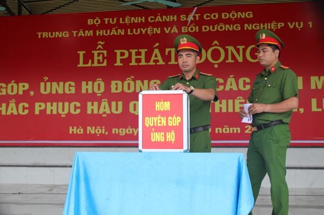 Trung tâm Huấn luyện và bồi dưỡng nghiệp vụ I ủng hộ đồng bào miền Trung