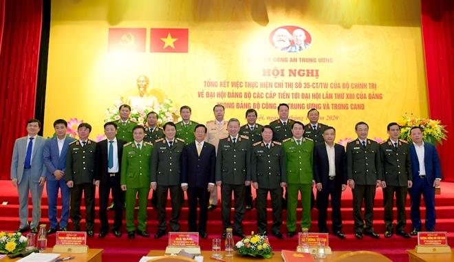 Đưa Nghị quyết Đại hội Đảng vào thực tiễn công tác, chiến đấu của Công an đơn vị, địa phương - Ảnh minh hoạ 10