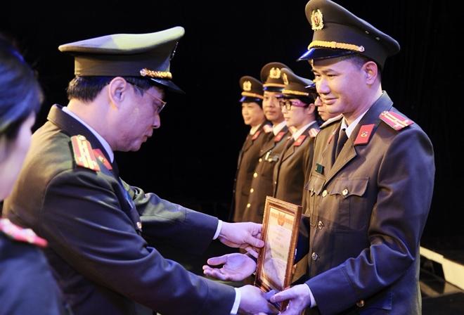 Bộ trưởng Tô Lâm chỉ đạo Hội nghị triển khai công tác Cục Truyền thông CAND - Ảnh minh hoạ 10