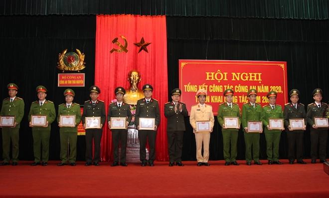 Thực hiện các giải pháp trọng tâm bảo đảm ANTT tỉnh Thái Nguyên - Ảnh minh hoạ 5