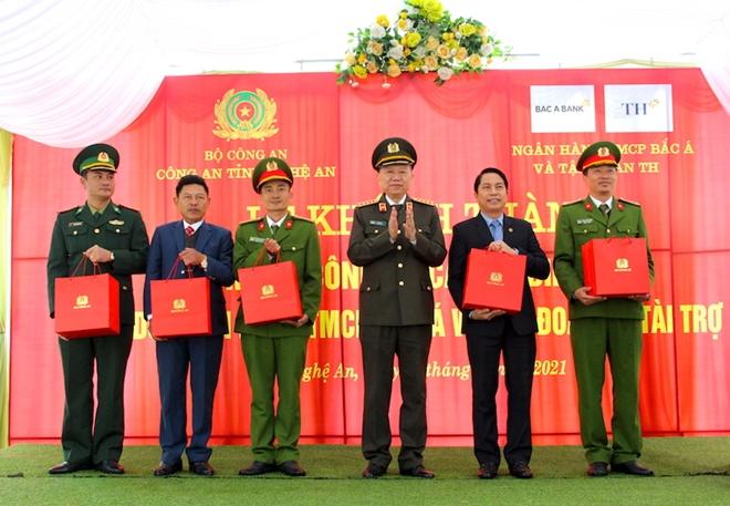 Bộ trưởng Tô Lâm dự Lễ khánh thành trụ sở Công an xã biên giới Nghệ An - Ảnh minh hoạ 3