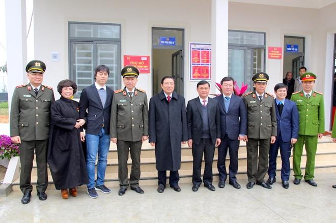 Bộ trưởng Tô Lâm dự Lễ khánh thành trụ sở Công an xã biên giới Nghệ An - Ảnh minh hoạ 8