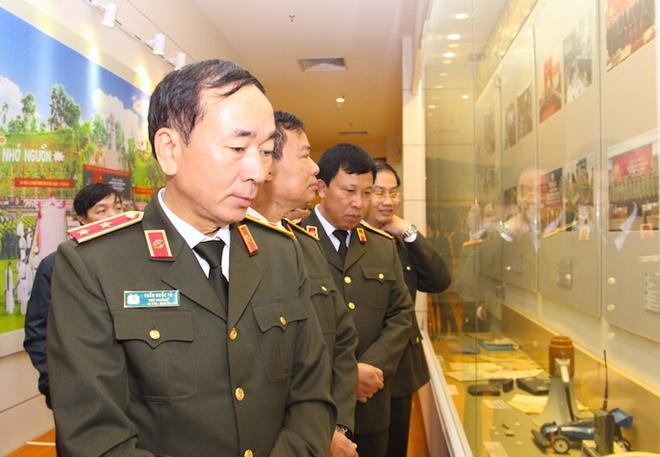 Khánh thành Phòng tưởng niệm Chủ tịch Hồ Chí Minh và các liệt sỹ CAND - Ảnh minh hoạ 7