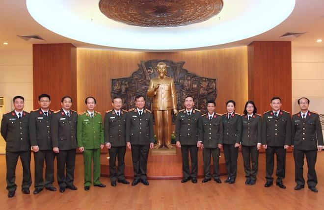 Khánh thành Phòng tưởng niệm Chủ tịch Hồ Chí Minh và các liệt sỹ CAND - Ảnh minh hoạ 8