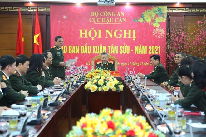 Bộ trưởng Tô Lâm kiểm tra công tác ứng trực tại Cục Hậu cần, Cục Kế hoạch và tài chính - Ảnh minh hoạ 2