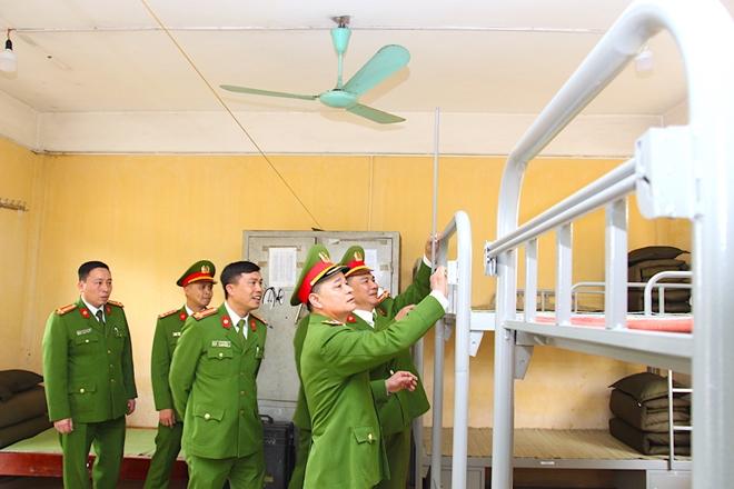 Trung đoàn CSCĐ Thủ đô khai giảng khóa huấn luyện cho gần 700 tân binh - Ảnh minh hoạ 4