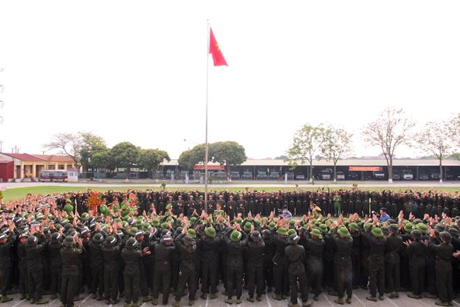 Trung đoàn CSCĐ Thủ đô khai giảng khóa huấn luyện cho gần 700 tân binh - Ảnh minh hoạ 3