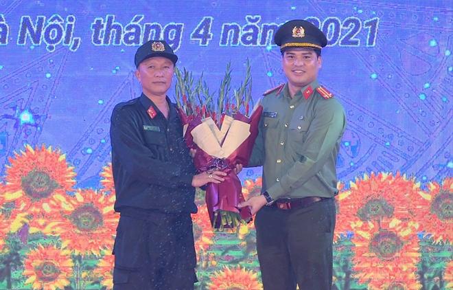 Tuổi trẻ Cảnh sát cơ động đón nhận Huân chương Bảo vệ Tổ quốc hạng Nhì - Ảnh minh hoạ 2