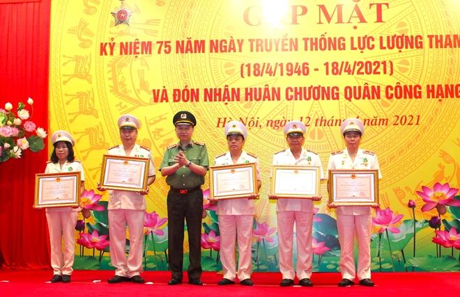 Văn phòng Bộ Công an vinh dự đón nhận Huân chương Quân công hạng Ba - Ảnh minh hoạ 6